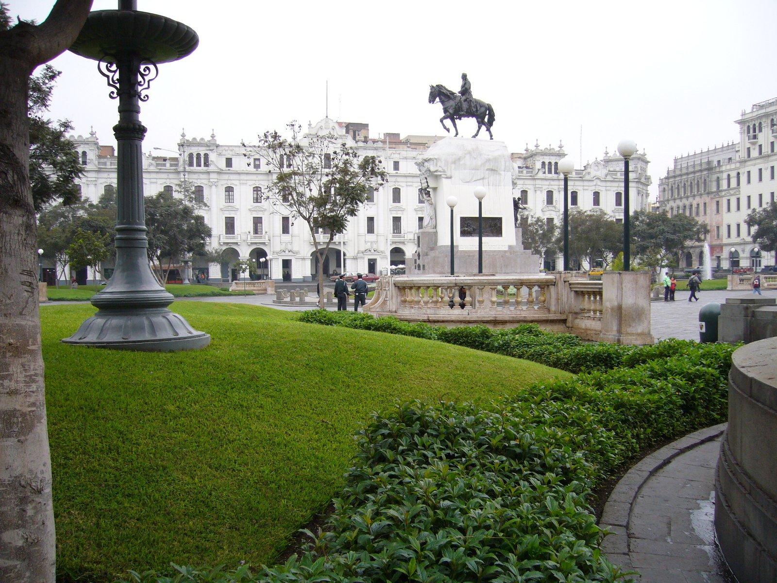 Plaza de San Martín - Lima