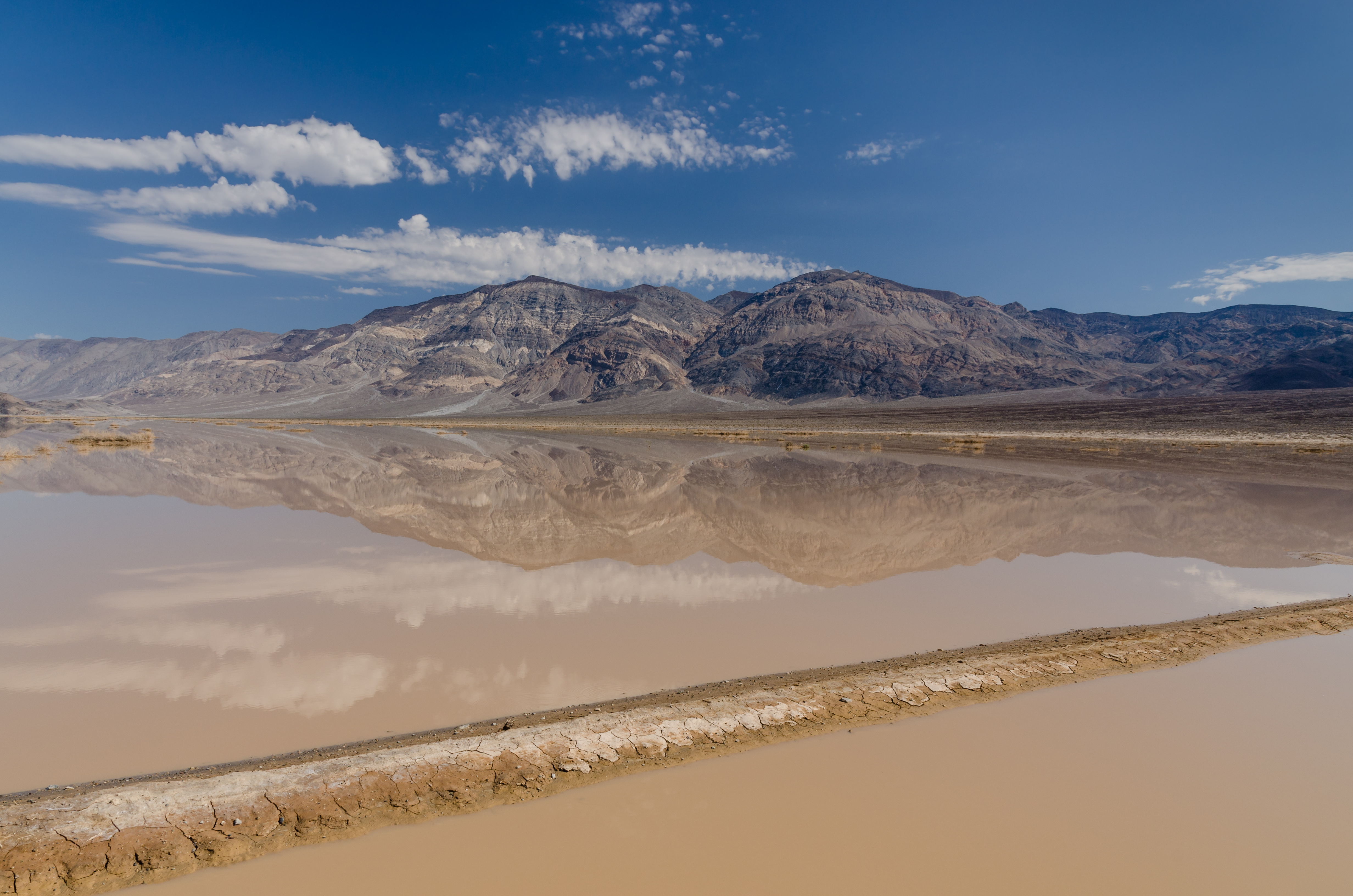 death_valley_exit_sr190_view_panamint_butt_flash_flood_2013